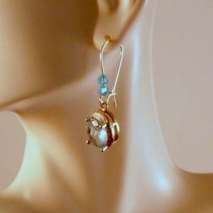 Designs by Suni Jewelry - ❤️ NEW Handmade Dangle Earrings Torquise